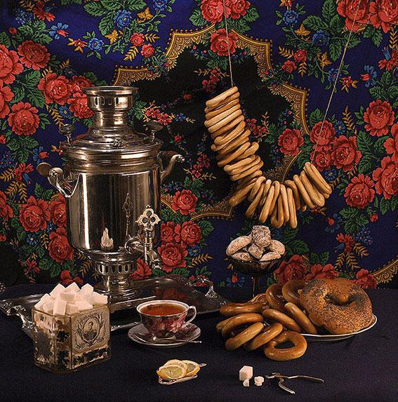 Экспонатами интерактивного музея являются не предметы,а блюда, рецепты и технологии русской кухни